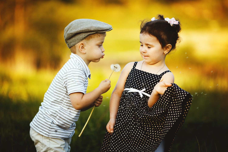 Фото мальчика и девушка, Boy And Girl Love Фото со стоков и изображения 7 фотография